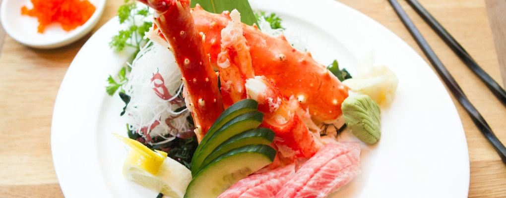 Douzo-King-Crab-Sushi